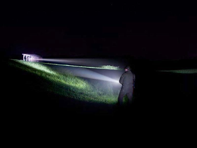 Nocne safari – jaka latarka będzie najlepsza?